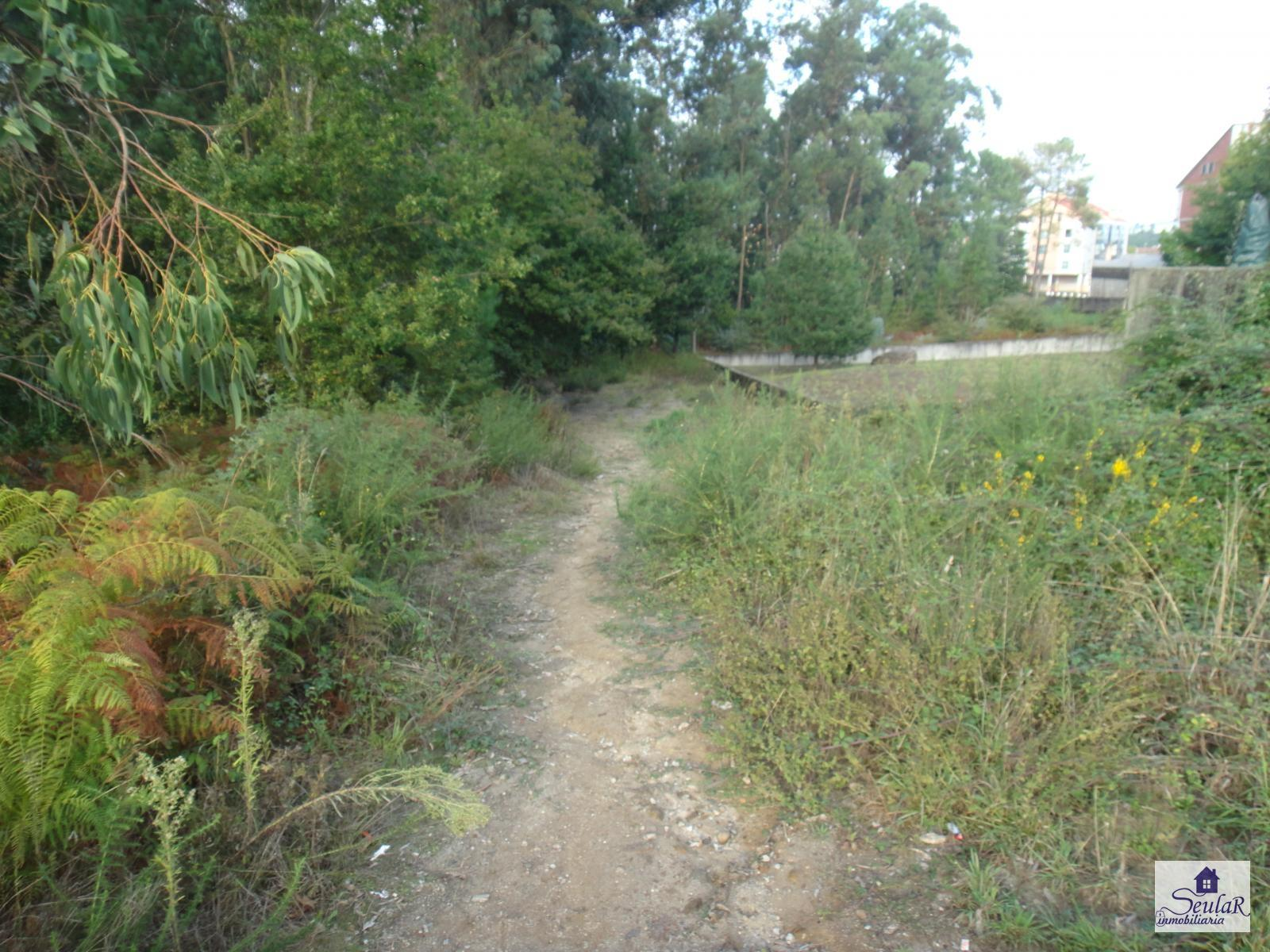 Building Site for sale in Brión, 25.000 €