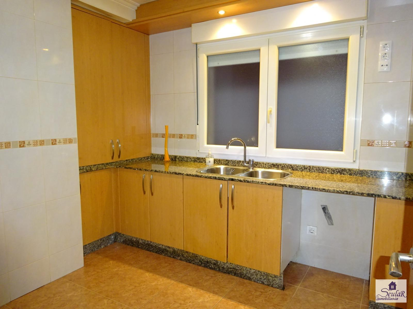 Flat for sale in Rois, 79.500 €